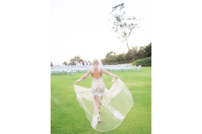 Modern, Fashion forward wedding at The Montecito Country Club by Kiel Rucker Photography - 027
