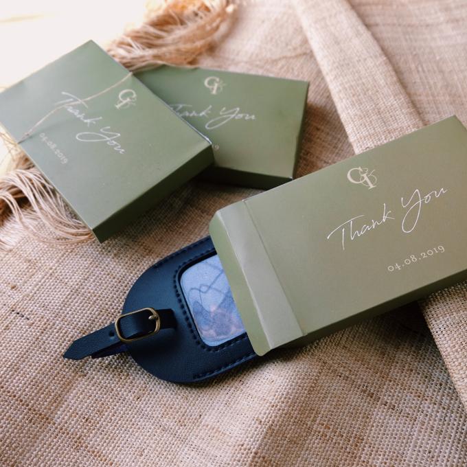 GADIS & IVAN - LUGGAGE TAG by Tjenda Gift - 002