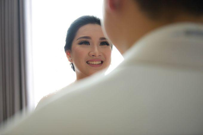 Yuripto & Vina Wedding by MariMoto Productions - 011