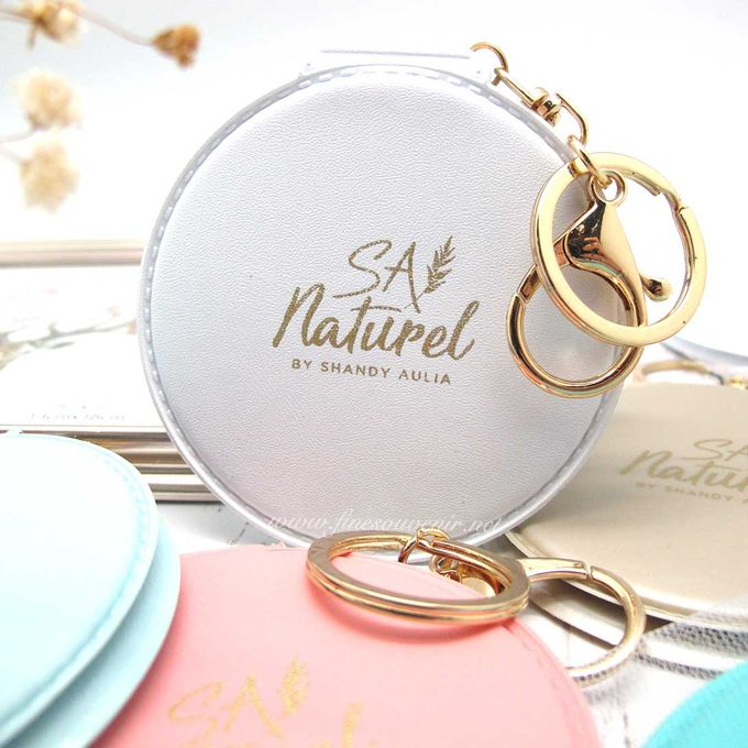 Exclusive Folded Mirror With Keychain by Fine Souvenir - 010