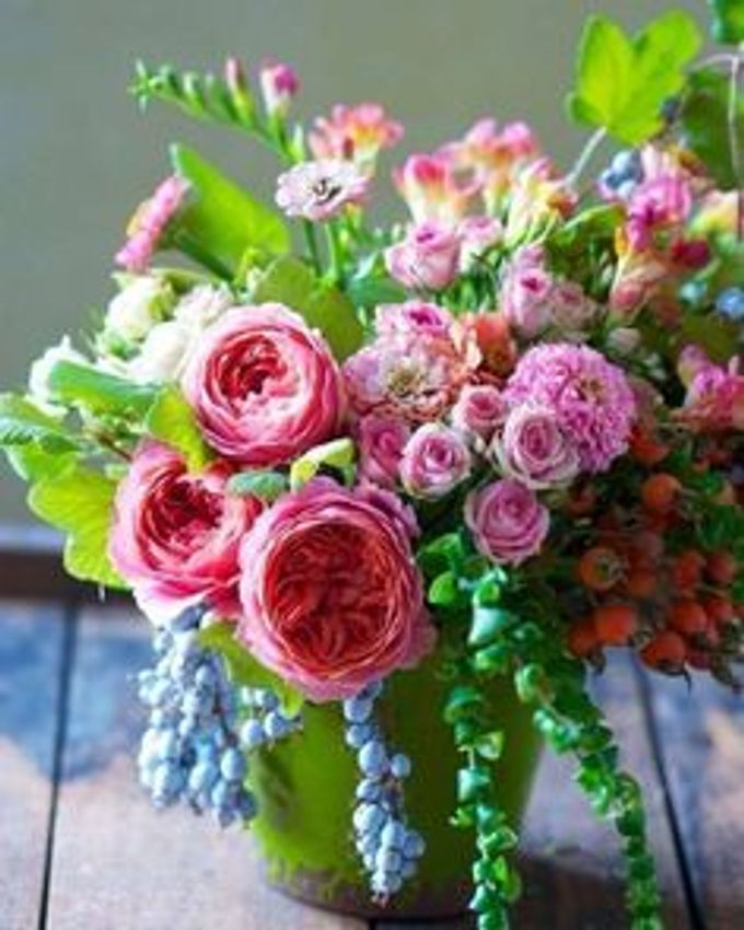 Bouquets, Corsages & Boutonnieres by Dorcas Floral - 017
