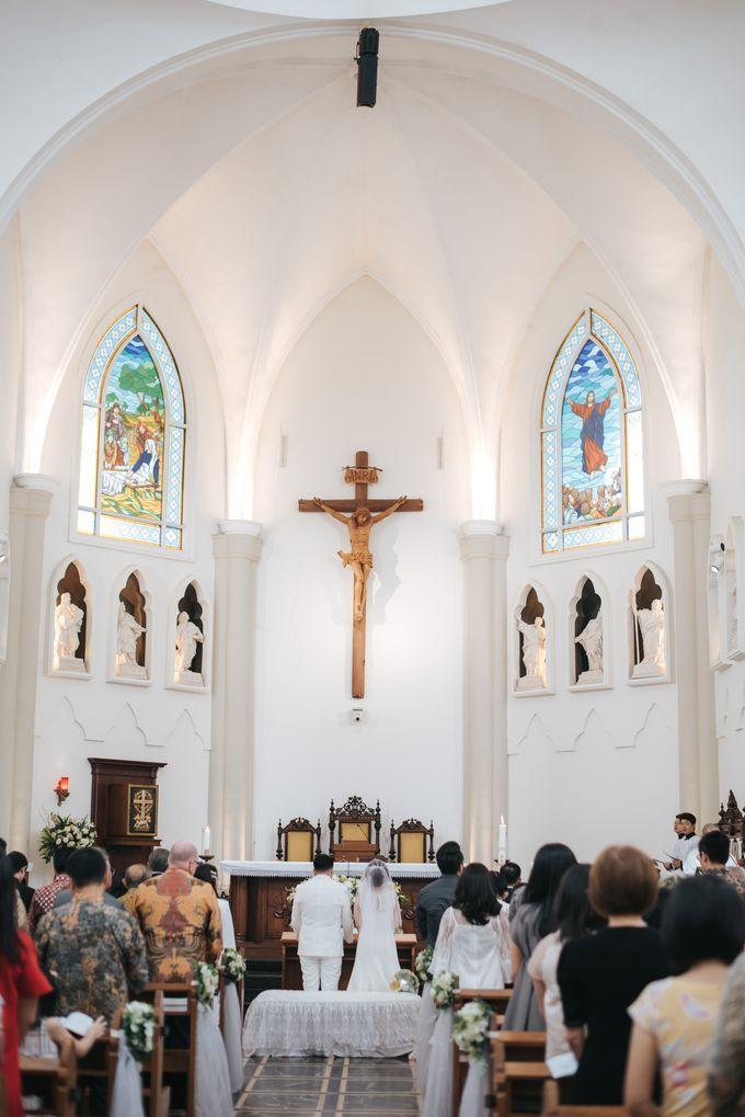 Pemberkatan Oswald & Angel at Gereja Santo Laurensius by GoFotoVideo - 040