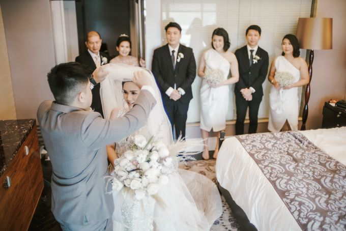 Mr W and Mrs I Wedding Day by Hummingbird Road - 022