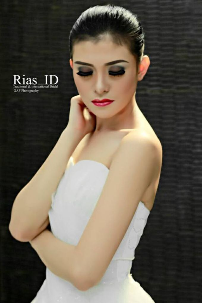Bridal Make Up & Free Hunting Photographer by Rias ID - 002