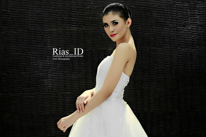Bridal Make Up & Free Hunting Photographer by Rias ID - 003