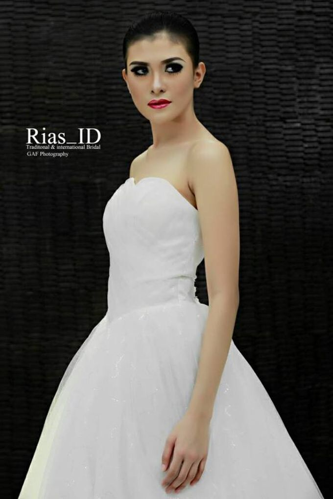 Bridal Make Up & Free Hunting Photographer by Rias ID - 004