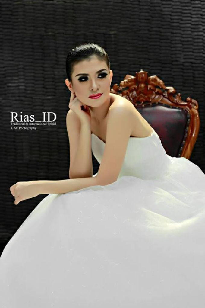 Bridal Make Up & Free Hunting Photographer by Rias ID - 005
