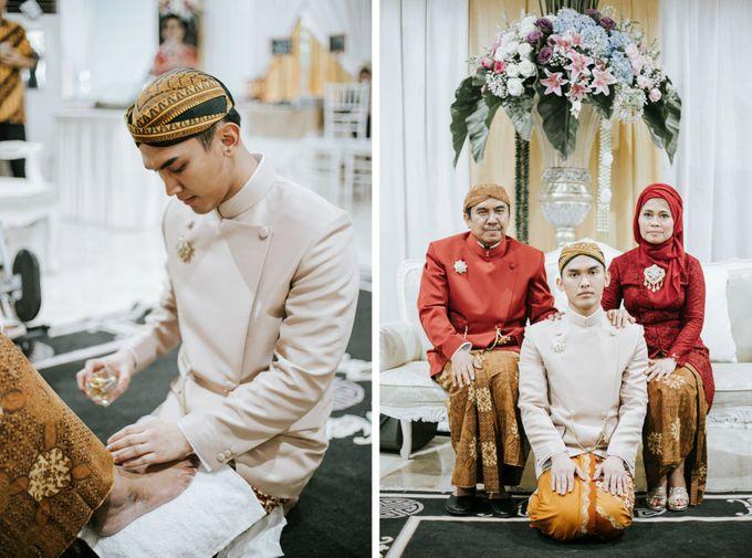 The Java Wedding of Hibiya & Bayu by ThePhotoCap.Inc - 016