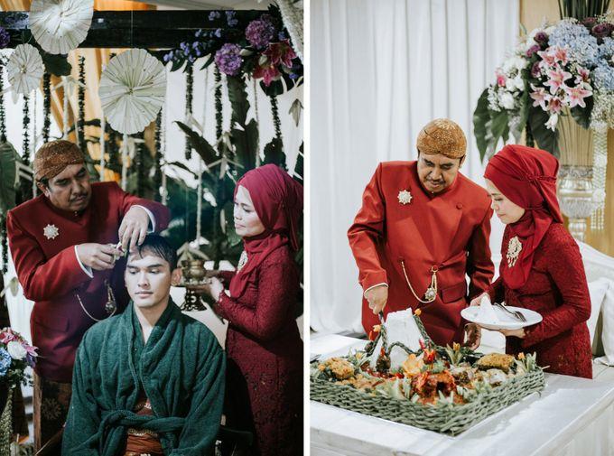 The Java Wedding of Hibiya & Bayu by ThePhotoCap.Inc - 018