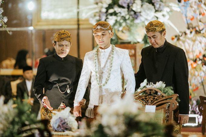 The Java Wedding of Hibiya & Bayu by ThePhotoCap.Inc - 026
