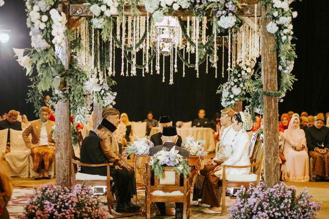 The Java Wedding of Hibiya & Bayu by ThePhotoCap.Inc - 029