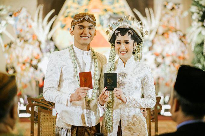 The Java Wedding of Hibiya & Bayu by ThePhotoCap.Inc - 034