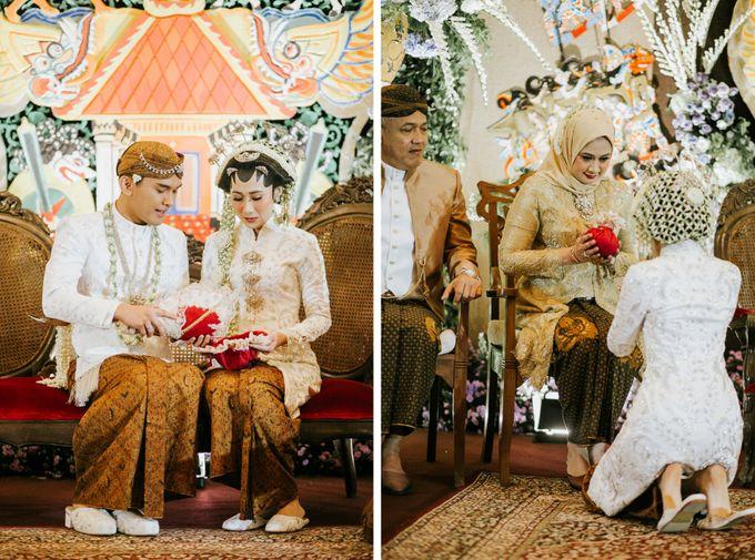 The Java Wedding of Hibiya & Bayu by ThePhotoCap.Inc - 036