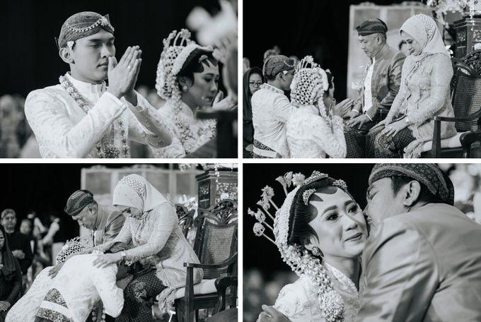 The Java Wedding of Hibiya & Bayu by ThePhotoCap.Inc - 038
