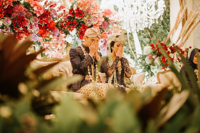 The Java Wedding of Hibiya & Bayu by ThePhotoCap.Inc - 049