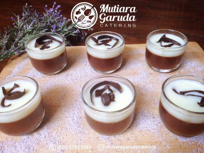Our Cakes & Desserts by Mutiara Garuda Catering - 033