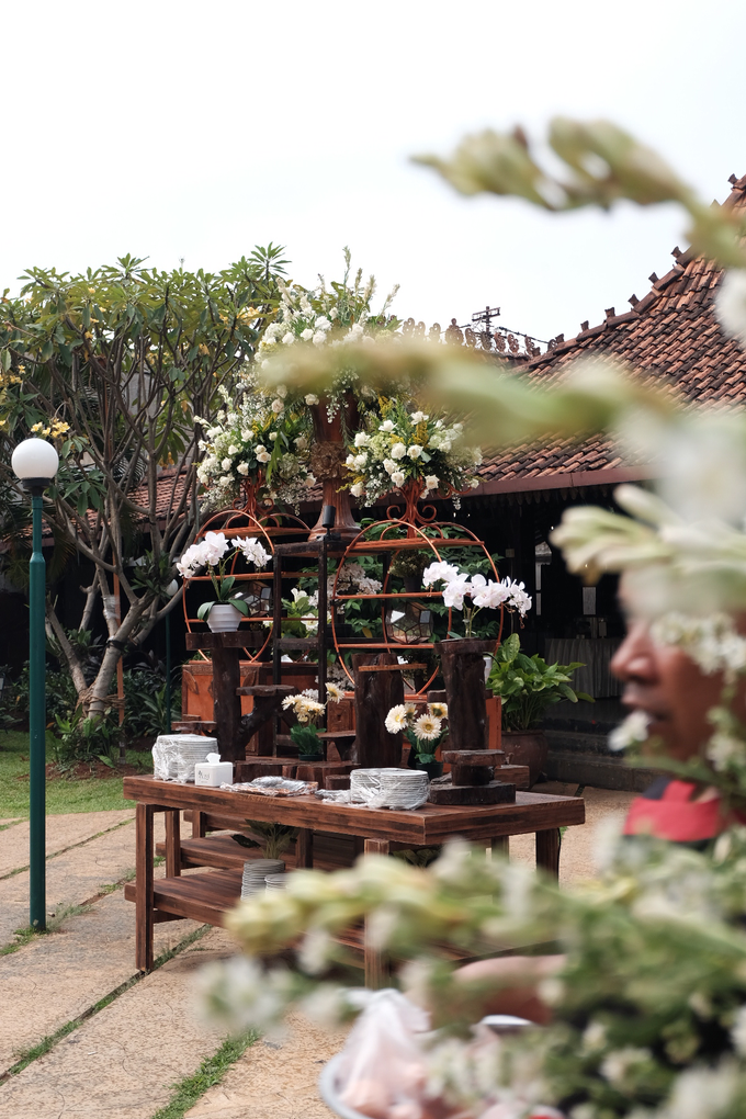 Pasar Rakyat Wedding Themed of Aviana & Sugi by Mutiara Garuda Catering - 013