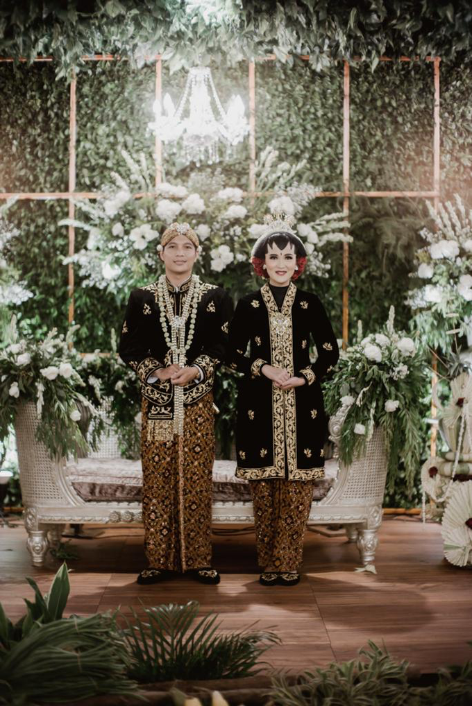 Pasar Rakyat Wedding Themed of Aviana & Sugi by Mutiara Garuda Catering - 024