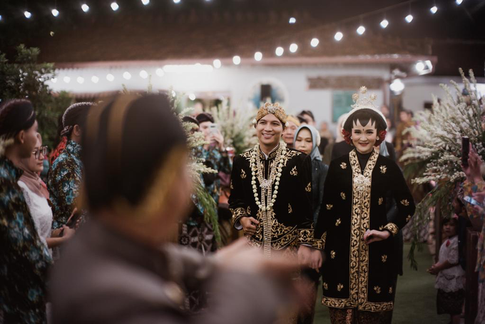 Pasar Rakyat Wedding Themed of Aviana & Sugi by Mutiara Garuda Catering - 023