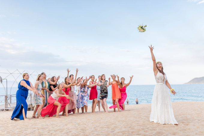 Beach Wedding of Max & Veronika by Gyver Chang Photography - 008