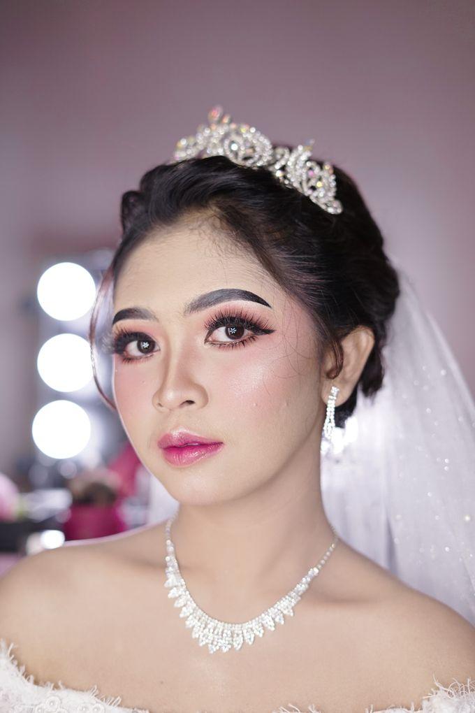 Hairdo Modern by iir bahari professional makeup and wedding - 016