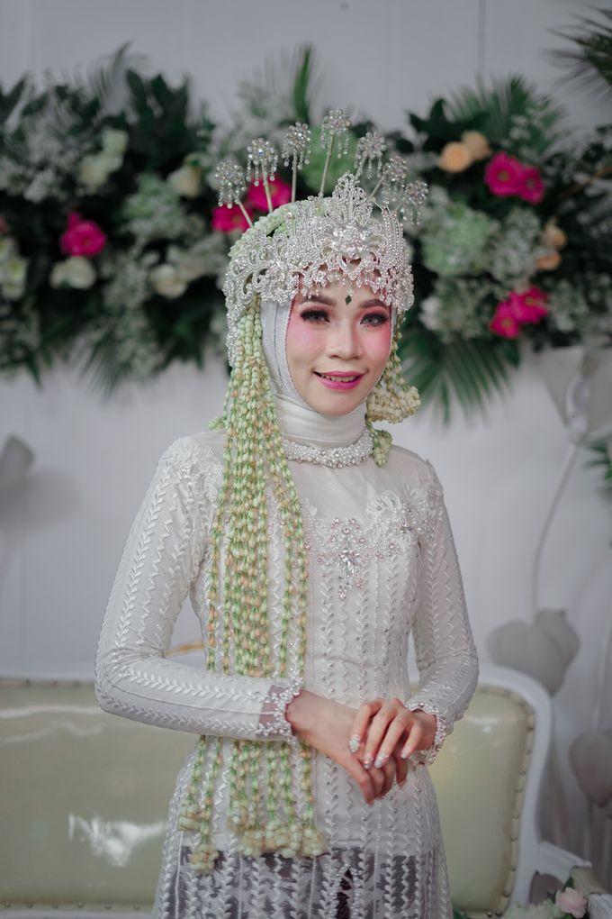 Siger Sunda Berhijab by iir bahari professional makeup and wedding - 008