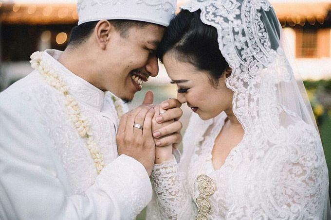 Acara Akad Nikah Dan Resepsi Pernikahan Gema Agil by Catalina Flora - 006