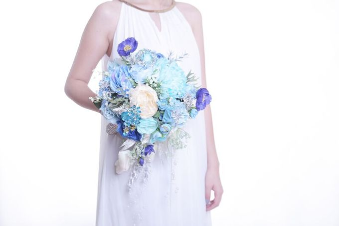 Luxurious Bouquet by LUX floral design - 017