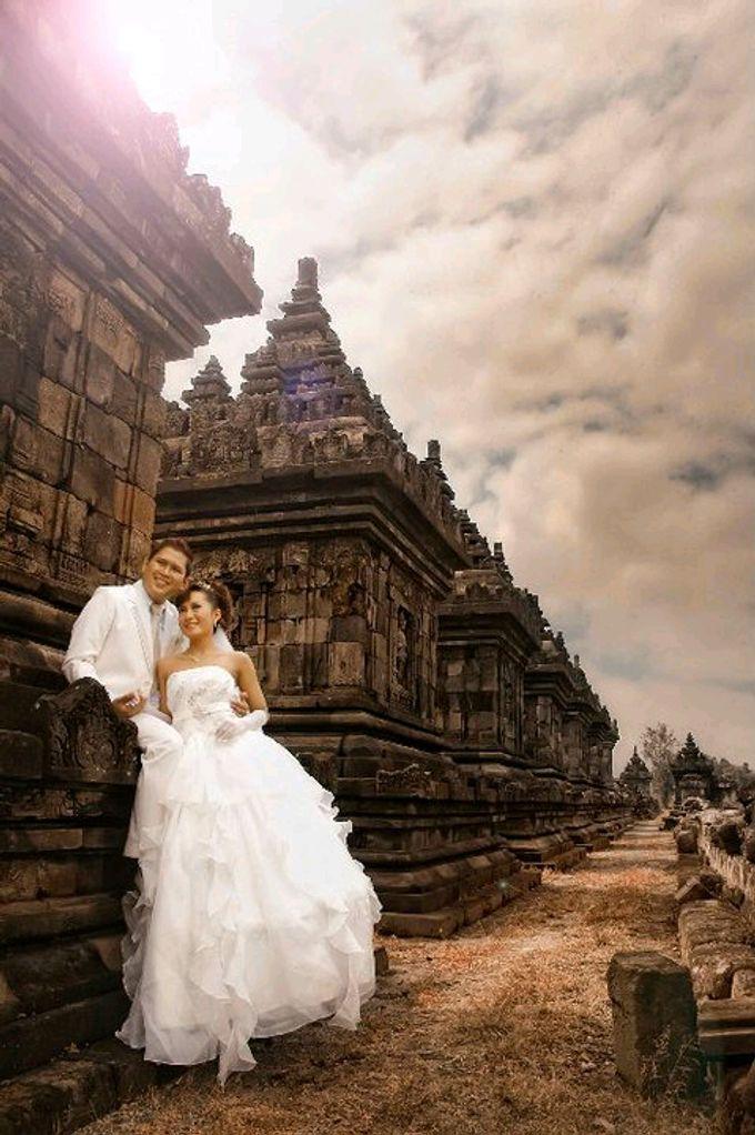 Wedding & Pre Wedding Moments with Grainic by GRAINIC Creative Studio - 045
