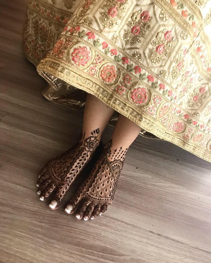 Bridal Henna - Intricate by Nakreze Mehndi - 048