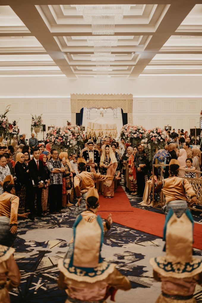 Nasya & Agyl Wedding Photo at Menara Mandiri by IKK Wedding Planner - 002