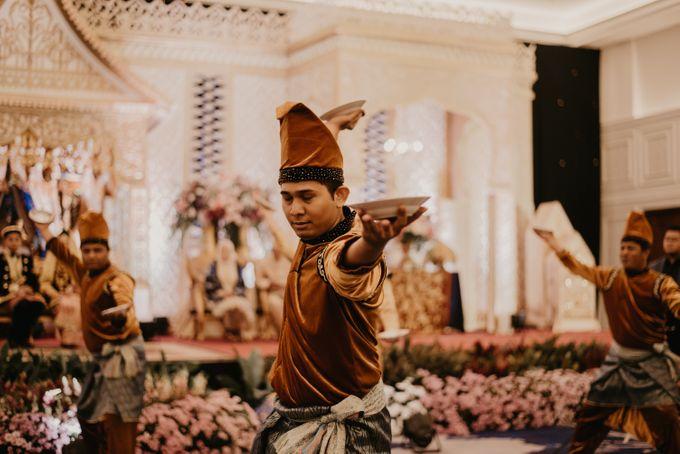 Nasya & Agyl Wedding at Menara Mandiri by IKK Wedding Planner - 035