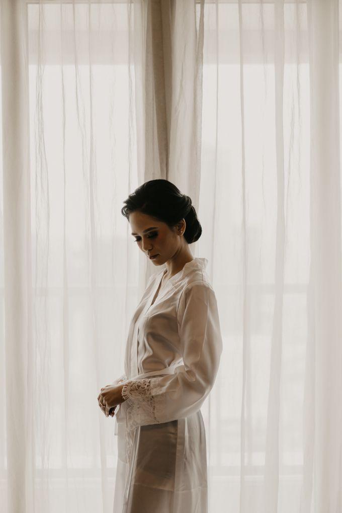 Nasya & Agyl Wedding at Menara Mandiri by IKK Wedding Planner - 011