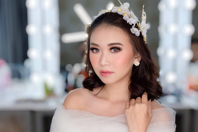 Pre Wedding Makeup  by Nataliang MUA and Academy - 003
