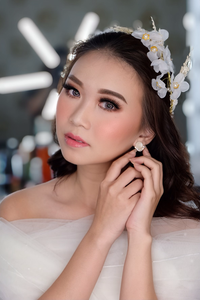 Pre Wedding Makeup  by Nataliang MUA and Academy - 005