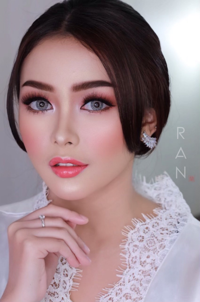 Wedding Makeup  by Natcha Makeup Studio - 001