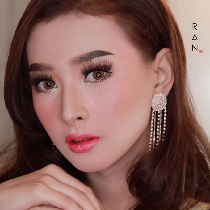 Thai wedding makeup by Natcha Makeup Studio - 001