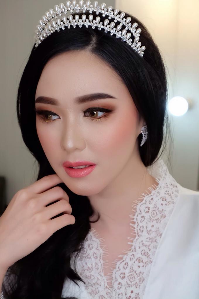 Bride Makeup by Natcha Makeup Studio - 002