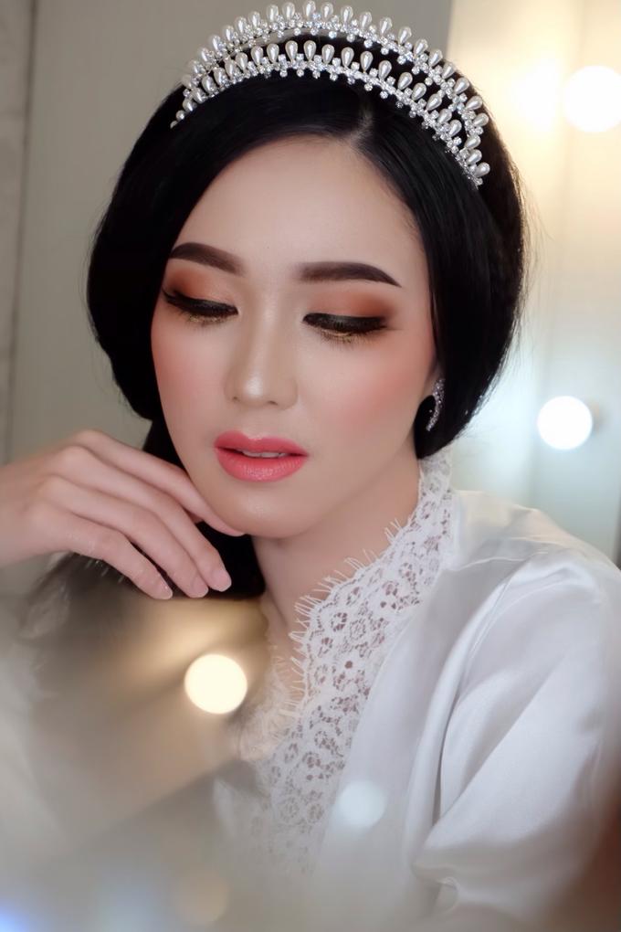 Bride Makeup by Natcha Makeup Studio - 003