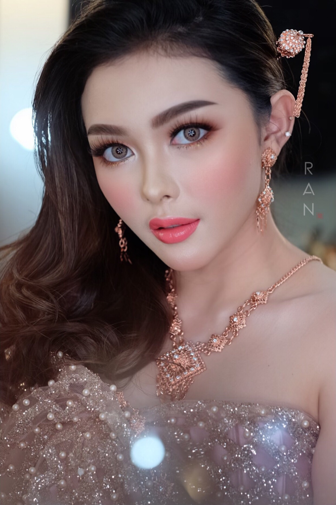 Thai Makeup Bridal  by Natcha Makeup Studio - 001