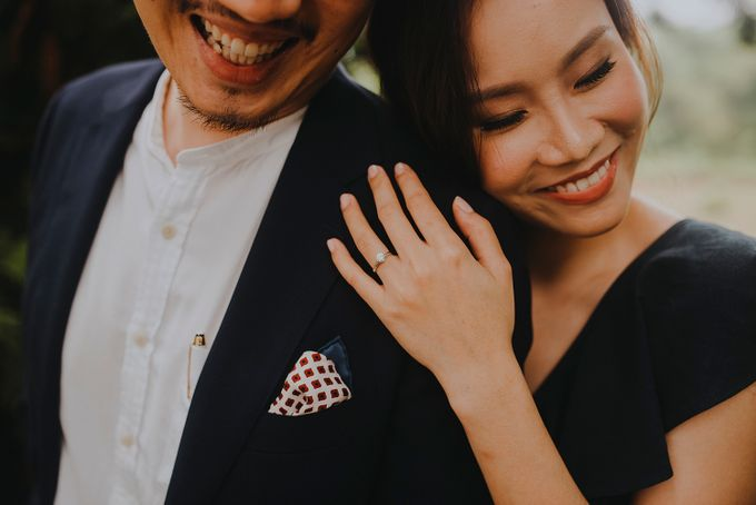 Engagement - Say Jon & Rosalind by Smittenpixels Photography - 011