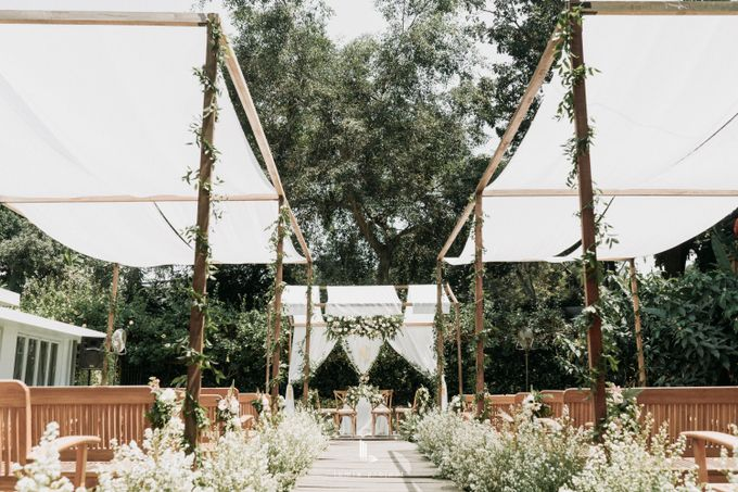 Wes Anderson Wedding Theme of of Nazura & Ichsan by Elior Design - 007