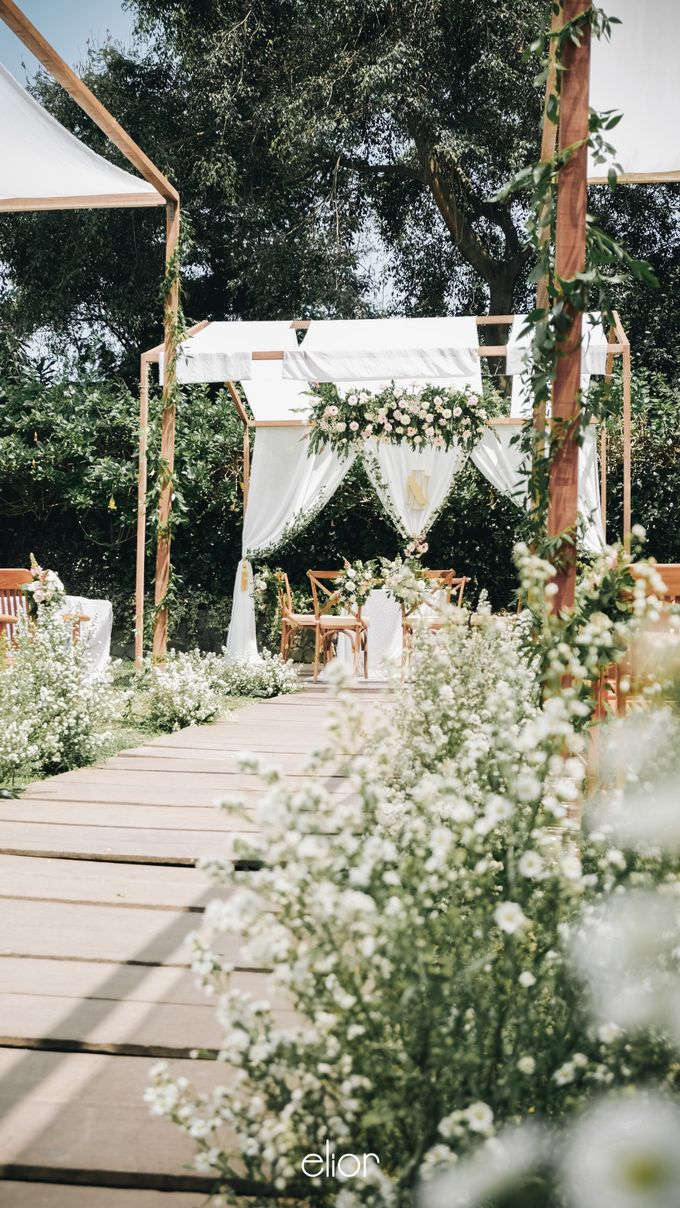 Wes Anderson Wedding Theme of of Nazura & Ichsan by Elior Design - 004