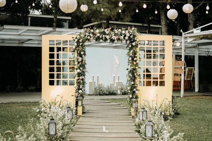 Wes Anderson Wedding Theme of of Nazura & Ichsan by Elior Design - 015