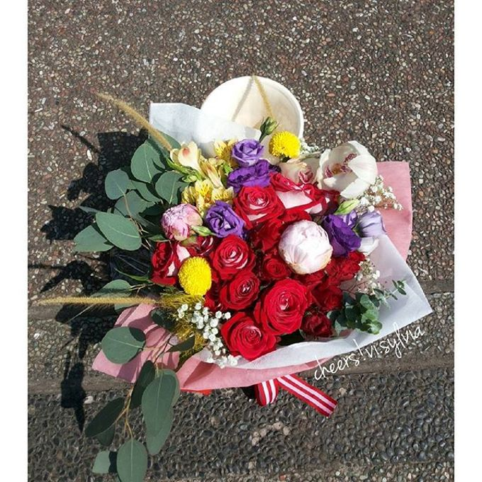 Gift Bouquet  by visylviaflorist - 039