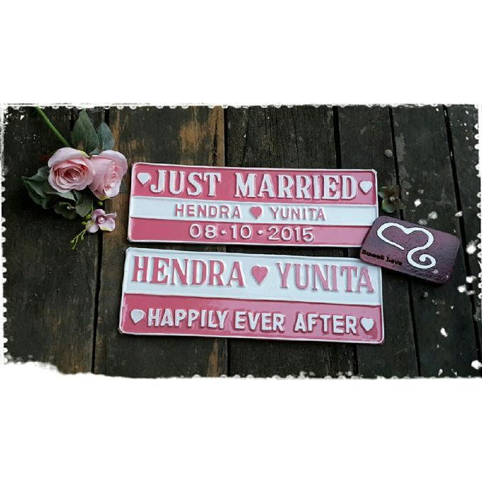 Wedding Car Plate by Sweetlovecollection - 027