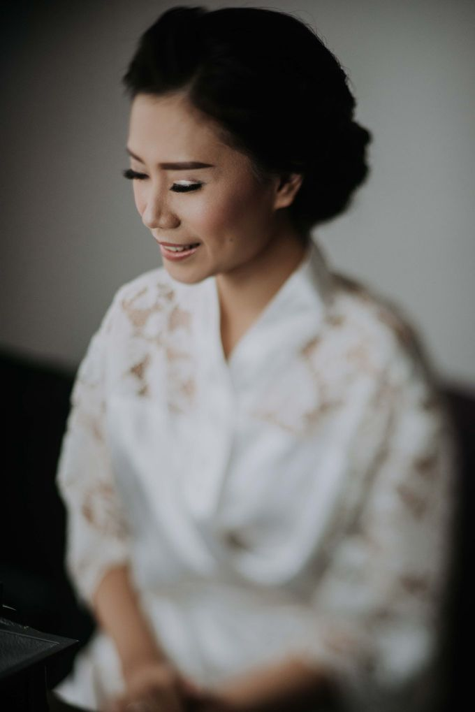 Santika Hayam Wuruk - Karina Morning Preparation by Impressions Wedding Organizer - 002