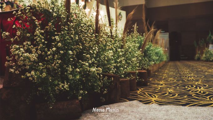 Neriss & Bintang Wedding Decoration by Nona Manis Creative Planner - 005