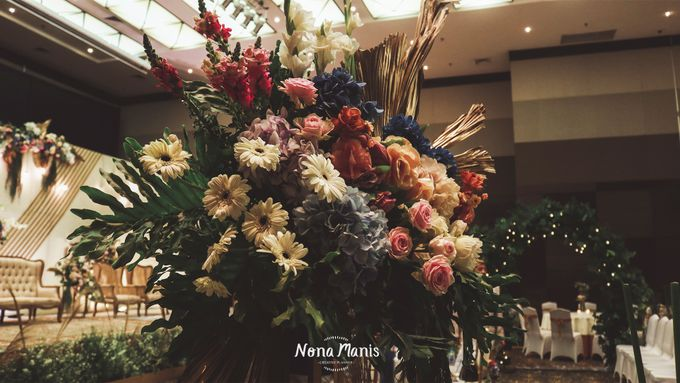 Neriss & Bintang Wedding Decoration by Nona Manis Creative Planner - 007