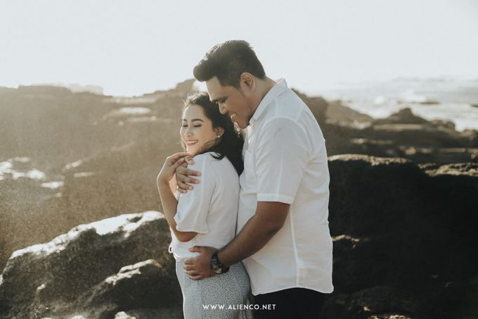The Prewedding Of Andrew & Dinar by alienco photography - 031